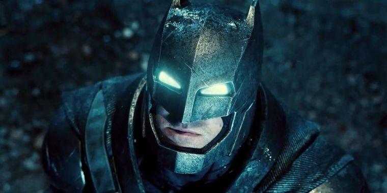 Ben-Affleck-Batman-V-Superman-Power-Armor.jpg
