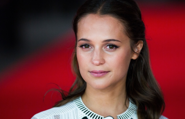 New-Alicia-Vikander-Wallpaper.jpg